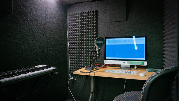 Media Lab audio recording station