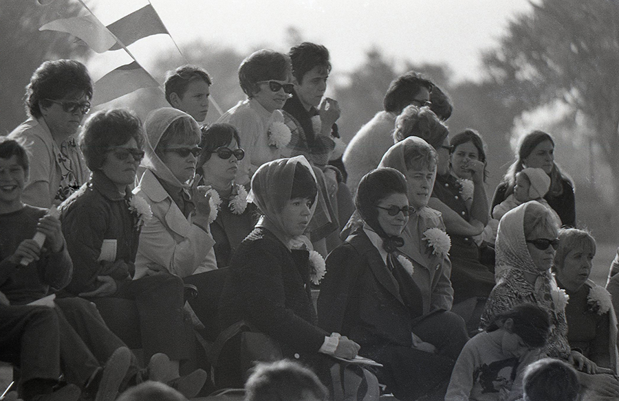 homecoming_game_crowd-1971-sized.jpg