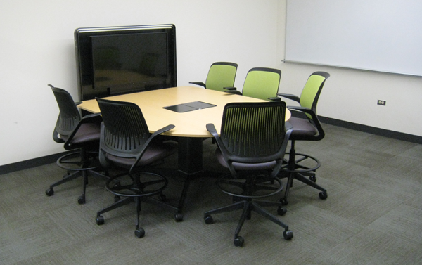 Group study room workstation