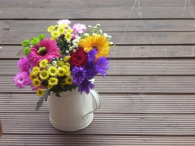 flowers-in-a-watering-can-1338831_1.jpg