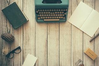 typewriter-801921_640_0.jpg