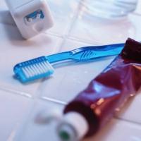 thumb_toothpaste.JPG